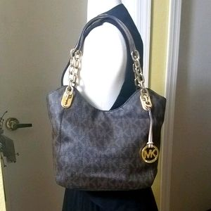 Michael Kors Lilly Medium Shoulder Bag